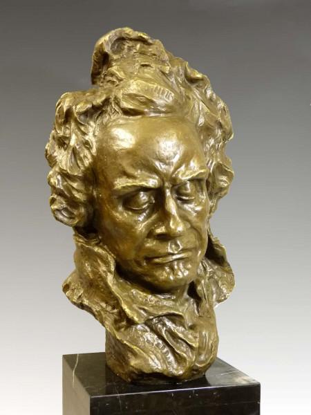 Riesige Bronzeskulptur - Beethoven Bronze Büste - von A. Pina
