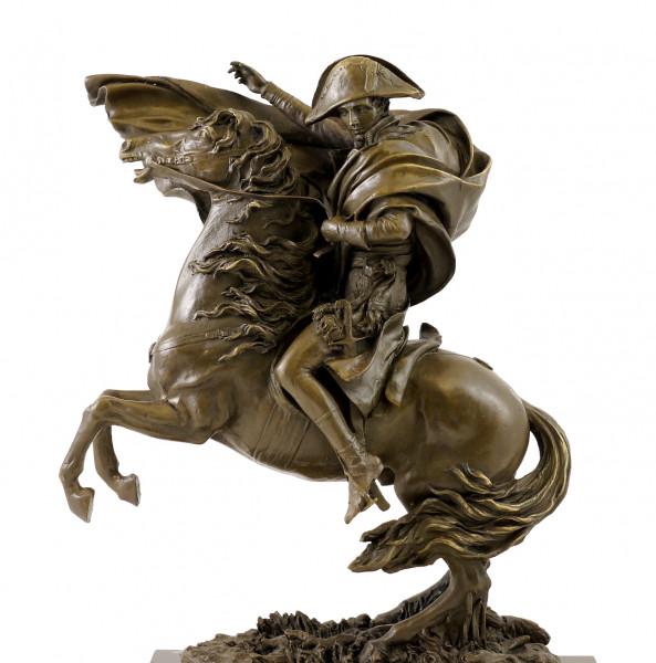 Bronzefigur - Napoleon Bonaparte zu Pferde - signiert Claude