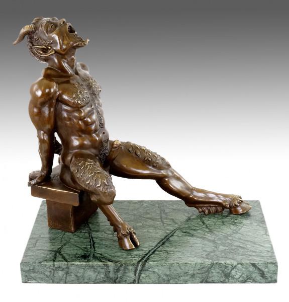 Lüsterner Faun - Erotische Bronzefigur - sign. Milo