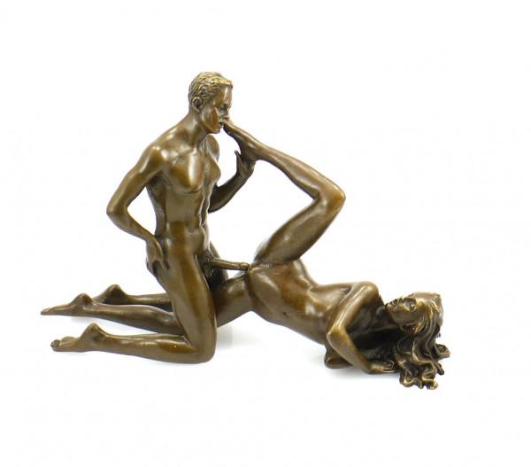 Erotik-Bronze - Liebespaar beim Sexspiel - signiert J. Patoue