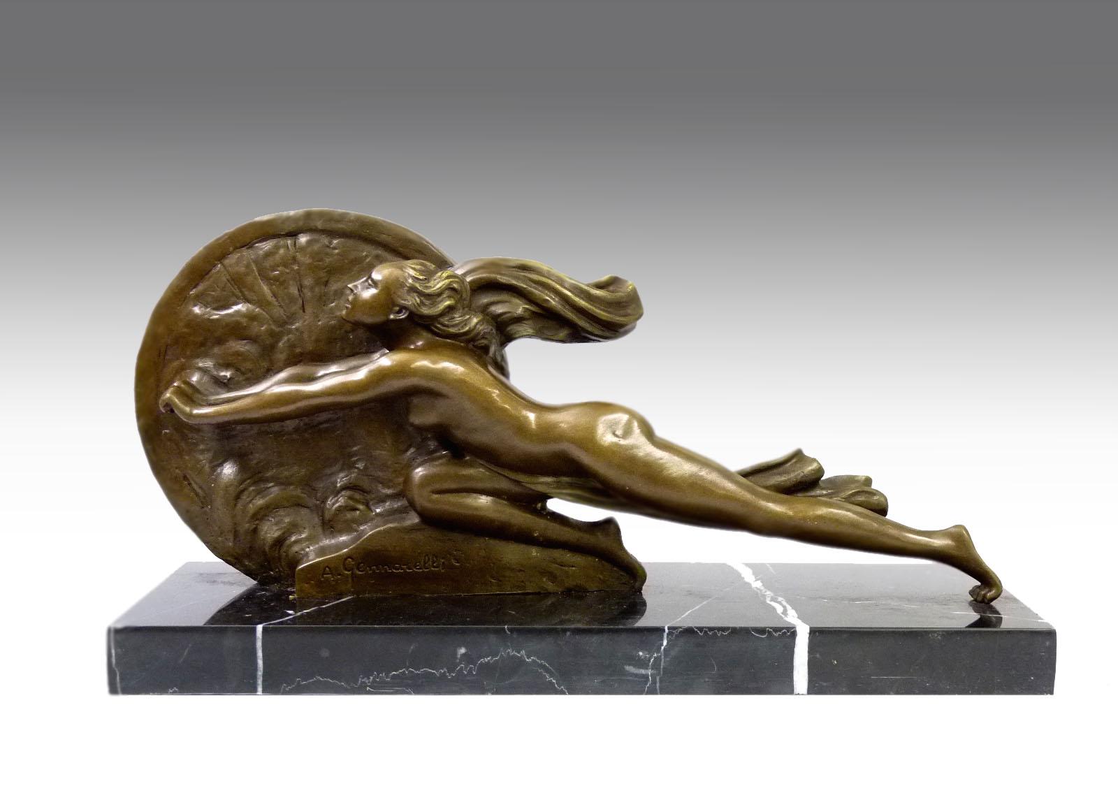 Art deco bronze towards destiny signiert a gennarelli for Art deco online shop
