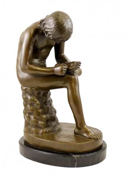 Jugendstil Bronzeskulptur - Der Dornauszieher - signiert Milo