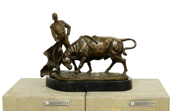 Jugendstil Bronzeskulptur - Stierkampf - signiert A. Hussmann