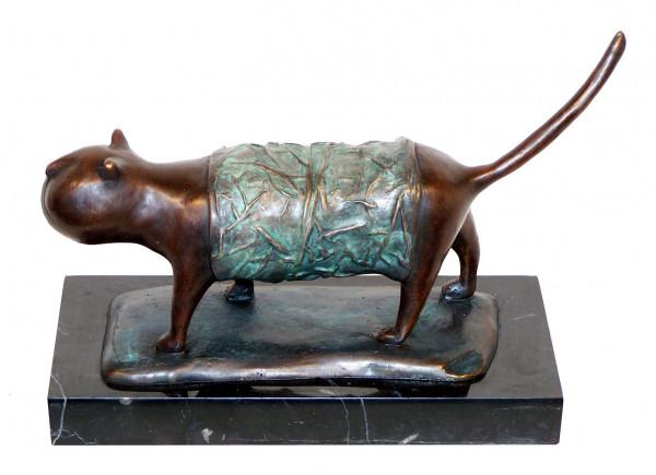 Modern Art Bronzefigur - XXL Katze auf Marmor - signiert Milo