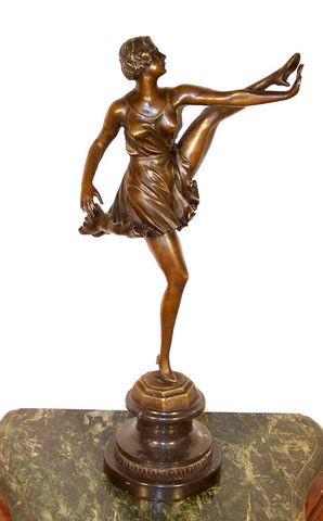 Art Deco Bronze Tänzerin - Kicking Girl - signiert Bruno Zach