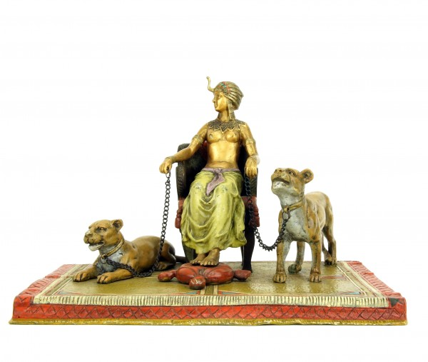 Wiener Bronze Statue - Pharaonin mit Löwen - Bergmann - Teppichbronze