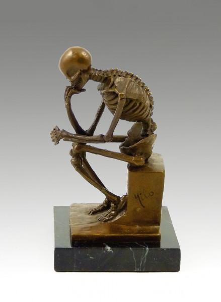 Moderne Bronze- Skelett Bronze auf Marmor (Der Denker) Milo