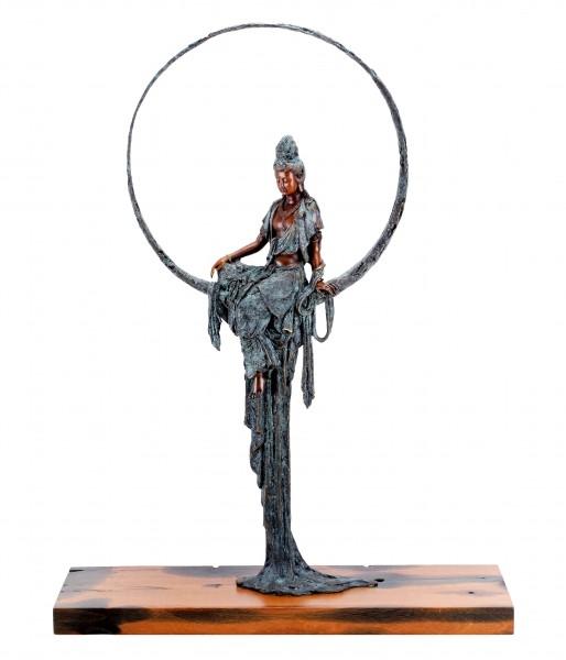 Sitzende Tara - sign. Martin Klein - limitierte Buddha Figur Bronze