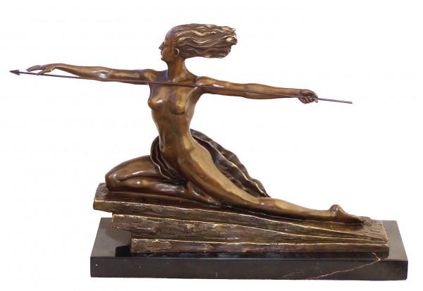 Art Deco Bronze Amazone auf Marmorsockel signiert M.Bouraine