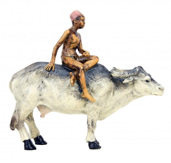 Wiener Bronze - Araber Junge reitet auf Wasserbüffel - Bergmann Wien