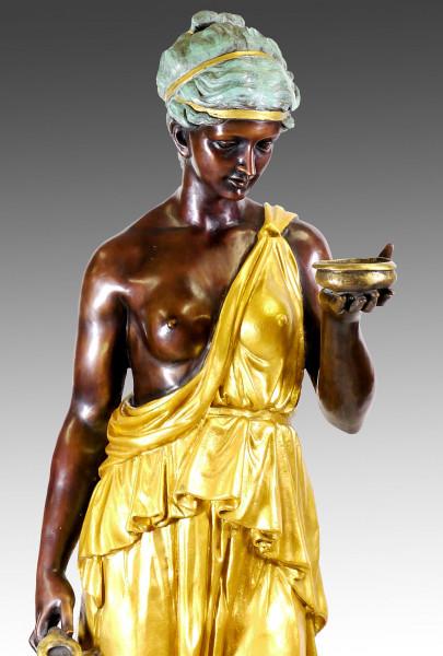 Große Bronzeskulptur - Hebe - Frau stehend v. Bertel Thorvaldsen