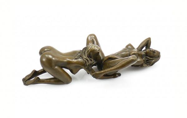 Erotik-Bronze - Lesbisches Liebespaar beim Sex - 2-tlg. J. Patou