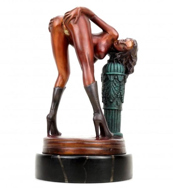 Erotik Girl Lola in High Heels - signiert J. Patoue - Erotische Figur