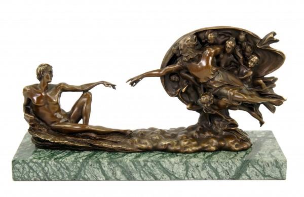 Die Erschaffung Adams - Bronzestatue von Michelangelo - signiert