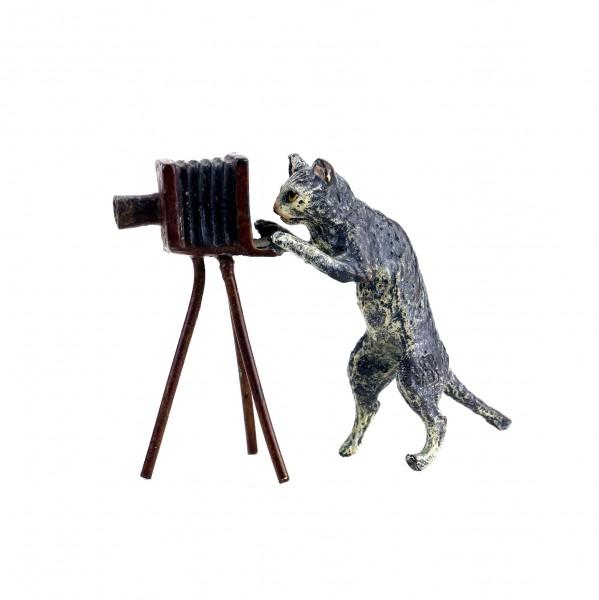 Wiener Bronze - Katze mit Kamera - gestempelt - handbemalt