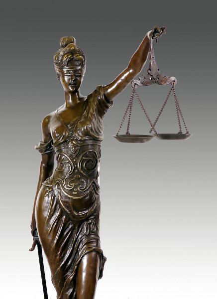 Bronzeskulptur - Justitia, Göttin der Gerechtigkeit sign. Mayer