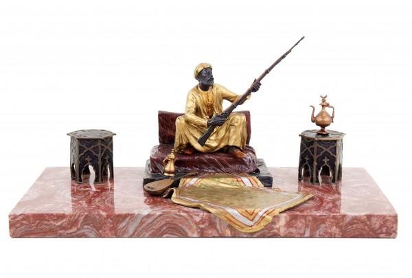 Wiener Bronze Araberfigur - Teppichbronze - Bergmann Stempel