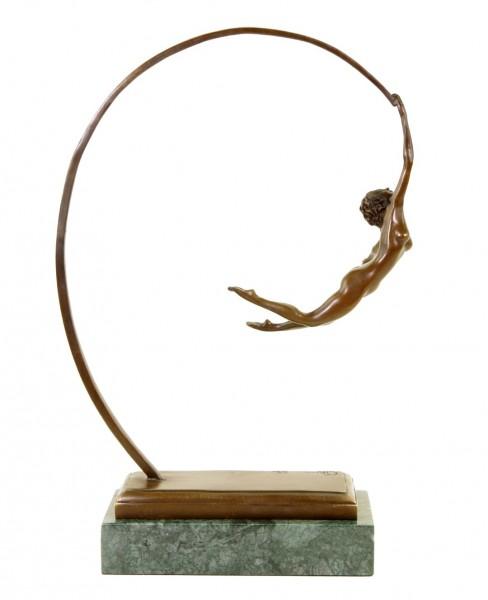 Leichtigkeit des Seins - signiert Milo - limitierte Bronzestatue