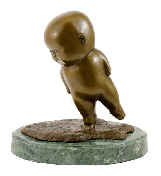 Moderne Bronzefigur - Taumelnder Fat Boy - sign. M. Klein
