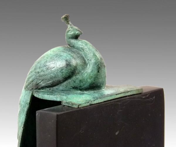 Praktische Buchstütze mit Bronze Pfau - ein Werk von Milo
