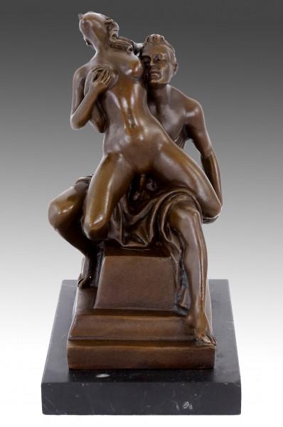 Paar beim Liebesspiel - Erotik Sex Bronze - sign. M.Nick
