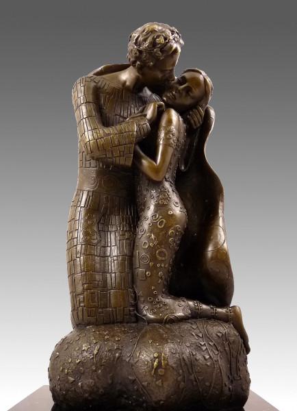 Skulptur aus Bronze - Der Kuss - Hommage an Gustav Klimt
