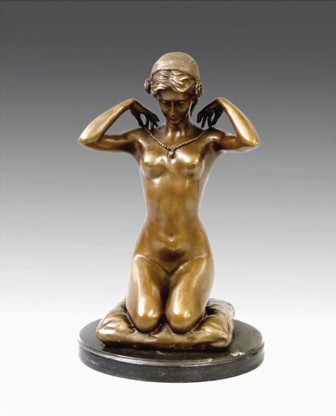 Jugendstil Bronze Akt - signiert Paul Ponsard - New Necklace